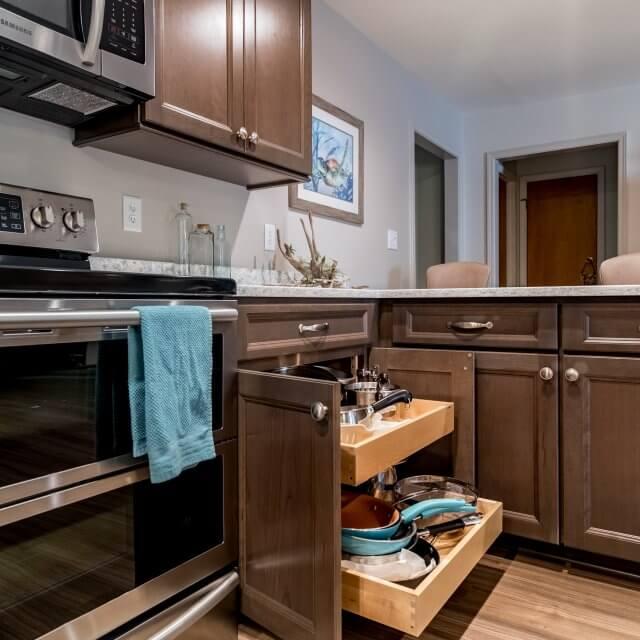 Transitional Style Kitchen with plenty of storage