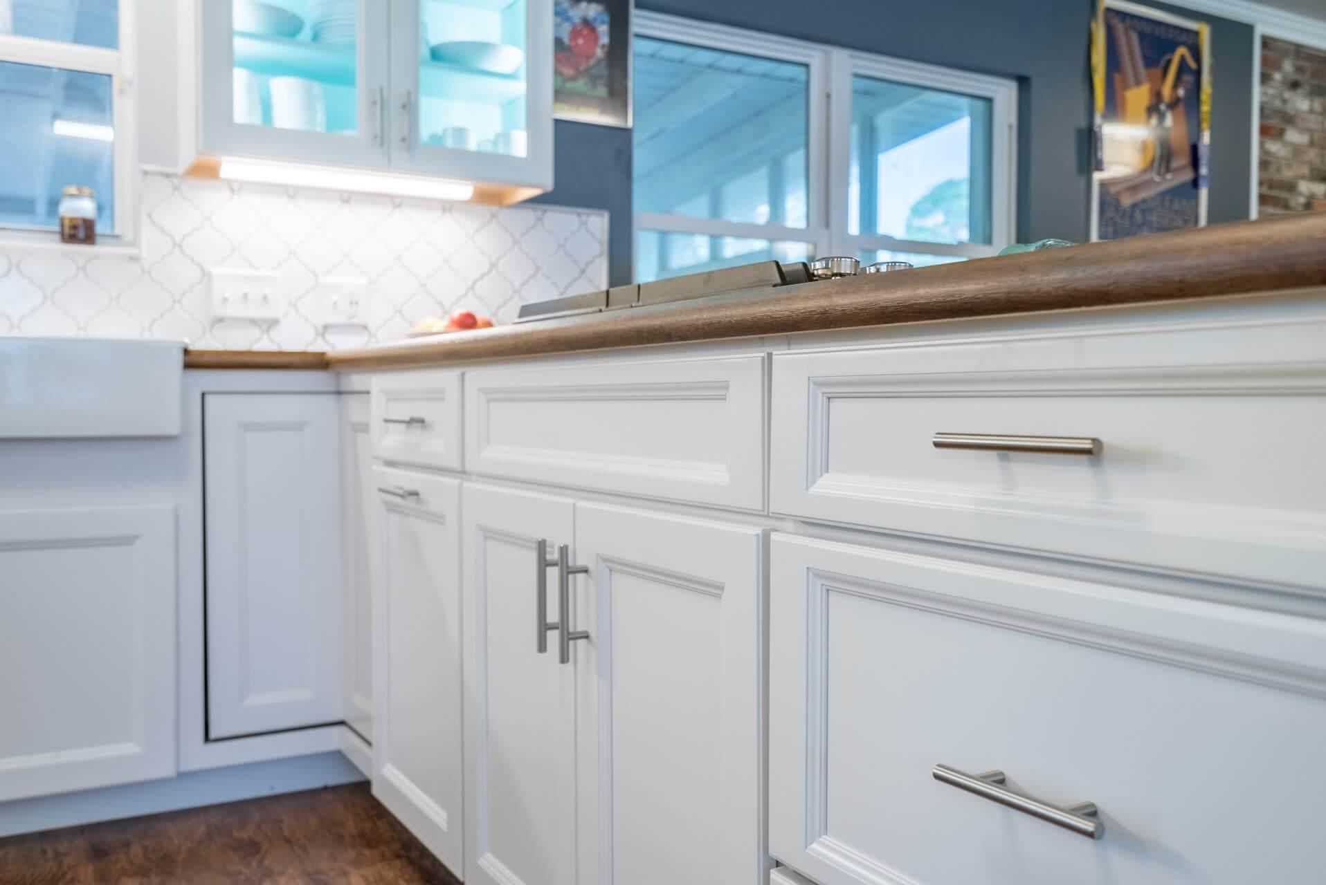 inset molding on cabinet doors